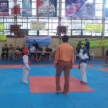 خمام - مسابقات تکواندو شهرستان رشت در دو بخش آقایان و بانوان به میزبانی خمام برگزار شد