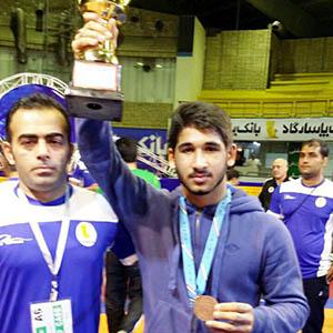 درخشش جواد رهبر در جام بینالمللی کشتی تهران