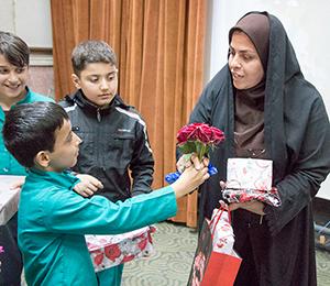 خمام - از معلمان مجتمع سردار جنگل و خاتم (ص) تجلیل شد