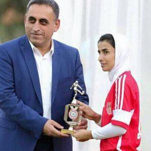 خمام - خانم گلی «سارا قمی» در لیگ فوتبال بانوان عراق