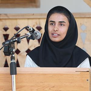 خمام - از سارا قمی «خانم گل ایران» تجلیل شد