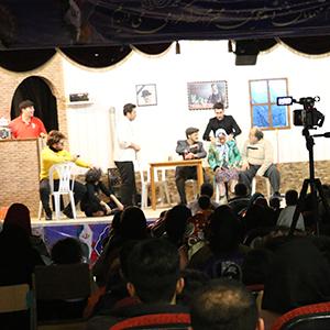خمام - نمایش طنز «نه سَس، نه شور» هر شب تا ۲۱ بهمنماه در کانون حقشناس اجرا میشود
