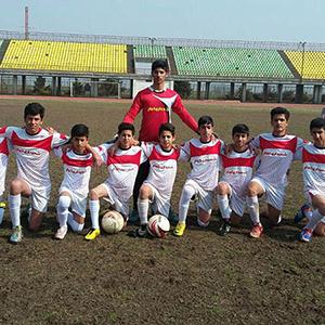 خمام - پیروزی ۲ بر ۱ تیم فوتبال شهرداری خمام در مقابل تیم آبی پوشان