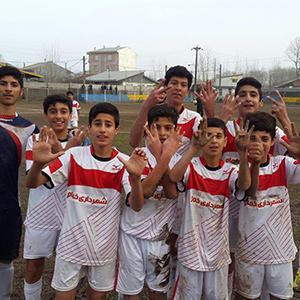 خمام - پیروزی ۶ بر ۱ تیم فوتبال شهرداری خمام در مقابل تیم شهید حسینپور رشت