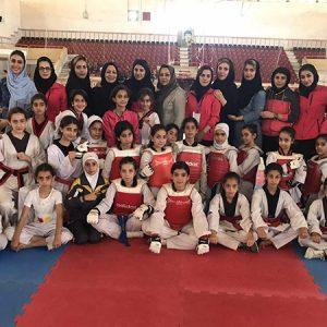 خمام - تداوم صدرنشینی تیم شهاب در رقابتهای لیگ تکواندوی دختران استان گیلان