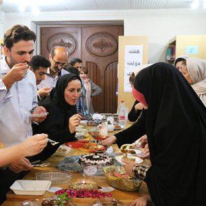خمام - جشنواره غذای سالم در کتابخانه شهید بهشتی برگزار شد