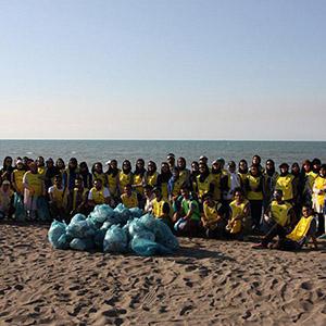 خمام - ساحل جفرود خمام به بهانه نزدیکشدن به روز جهانی دریای کاسپین از زباله پاکسازی شد