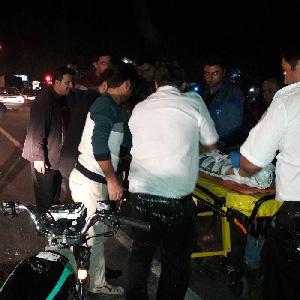 تصادف موتورسیکلت با خودروی پراید ۳ مصدوم برجای گذاشت