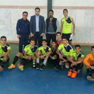 خمام - قهرمانی تیم امام حسین (ع) در رقابتهای فوتسال آموزشگاههای بخش خمام