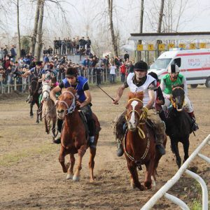 خمام - تیم هیئت سوارکاری خمام به ۴ مدال رنگارنگ در مسابقات سوارکاری شهرستان رشت دست یافت