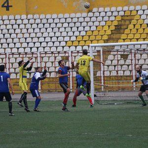 خمام - دیدار دوستانه فوتبال بین تیمهای کمیته داوران استان گیلان و خمامنیوز به تساوی انجامید