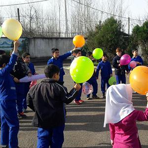 خمام - مراسم صبحانه سالم و مسابقه نقاشی در دبستان شهید ویشکاییزاده و مدرسه استثنائی ایثار برگزار شد
