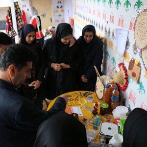 خمام - بازارچه کارآفرینی دانشآموزی برگزار شد