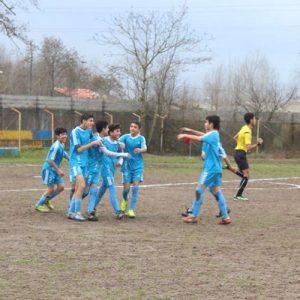 خمام - شهرداری خمام ۵ بر ۲ تیم فوتبال پرسپولیس رشت را مغلوب کرد