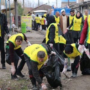 خمام - روستای دهنهسر شیجان از زباله پاکسازی شد