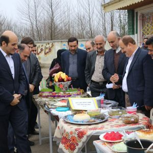 خمام - از برگزاری جشن نیکوکاری و جشنواره غذا تا ایجاد بازارچه خیریه در مدارس بخش خمام