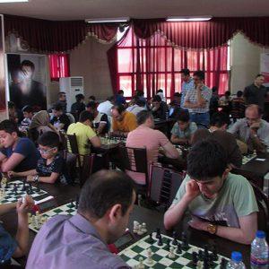 خمام - از پوریا اقدام بهعنوان دومین شطرنجباز برتر زیر ریتینگ ۲۰۰۰ تجلیل شد
