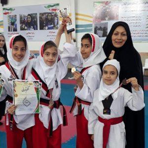 خمام - قهرمانی تیم دانشآموزی خمام در رقابتهای پومسه دختران استان گیلان