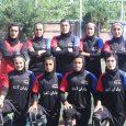 قهرمانی تیم «یاران آتنا» در رقابتهای چهارجانبه فوتبال بانوان / کاپ قهرمانی به مادر آتنا محمدی اهدا شد