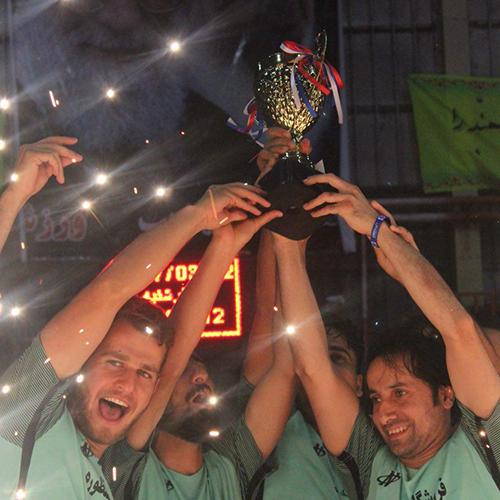 تیم رائی خمام به قهرمانی مسابقات فوتبال گلکوچک سالن تختی دست یافت