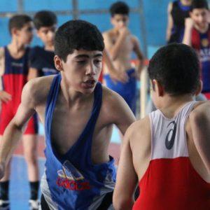 خمام - رقابتهای کشتی فرنگی بین تیمهای خمام و لاهیجان به سود خمام خاتمه یافت