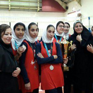 خمام - نائب قهرمانی تیم منتخب گیلان در مسابقات والیبال نوجوانان دختر کشور