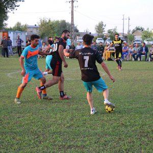 خمام - قهرمانی تیم وارش در مسابقات فوتبال گلکوچک روستای تازهآباد خواچکین