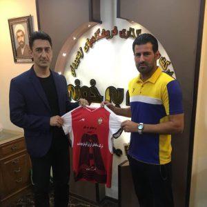 خمام - علی عشوریزاد مربی تیم فوتبال خونهبهخونه بابل شد