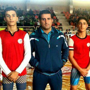 خمام - آرین ایزددوست و امیرمحمد سمیعزاده به مدال نقره و برنز کشتی نونهالان گیلان دست یافتند