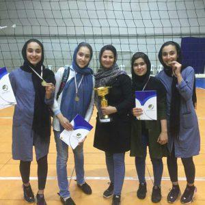 خمام - تیم کانون وارنا شهر باران به قهرمانی رقابتهای انتخابی والیبال بانوان نوجوان گیلان دست یافت
