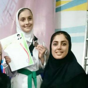 خمام - مقام سوم طهورا روحی در مسابقات تکواندوی دختران شهرستان رشت