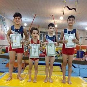 خمام - ژیمناستیککاران خمامی در رقابتهای بینباشگاهی گیلان و اردبیل به ۵ مدال طلا دست یافتند