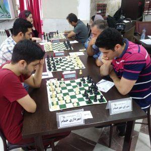 خمام - شهرداری خمام با نتیجه ۳ بر ۱ تیم شطرنج شورای شهر خمام را مغلوب کرد
