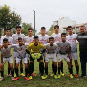 خمام - تیم نوجوانان شهرداری خمام با نتیجه ۲ بر ۱ شکست خورد