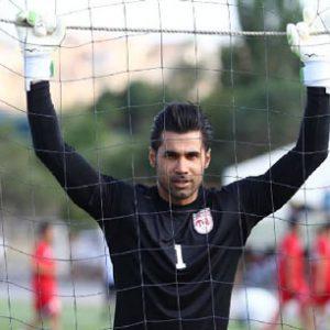 خمام - محسن فروزان در تمرینات تیم دسته اولی خوشه طلایی حاضر شد