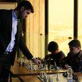 سیمولتانه پوررمضانعلی با ۶۰ شطرنجباز