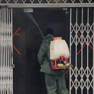 خمام - ضدعفونی اماکن عمومی شهر جهت جلوگیری از شیوع کرونا