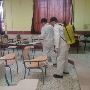 خمام - ضدعفونی مدارس بخش خمام در برابر شیوع ویروس کرونا درحال انجام است