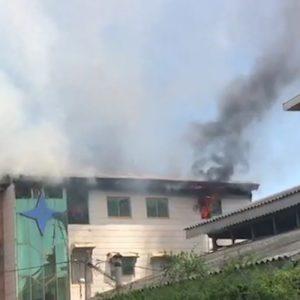خمام - مهار آتشسوزی ساختمان مسکونی ۳ طبقه