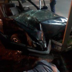 خمام - برخورد خودرو با پل عابرپیاده ۲ مصدوم برجای گذاشت