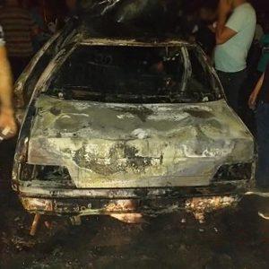 خمام - خودروی ۴۰۵ در برخورد با پراید آتش گرفت