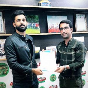 خمام - صابر اصلانی قرارداد خود را با سردارجنگل تمدید کرد
