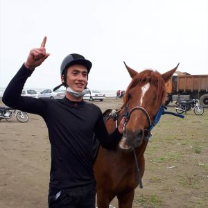 خمام - ماکان تقیخواه در مسابقات اسب سواری گیلان به مقام سوم رسید