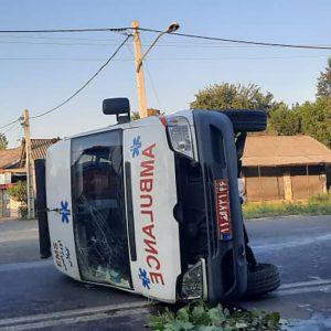 خمام - آمبولانس اورژانس هنگام ماموریت واژگون شد
